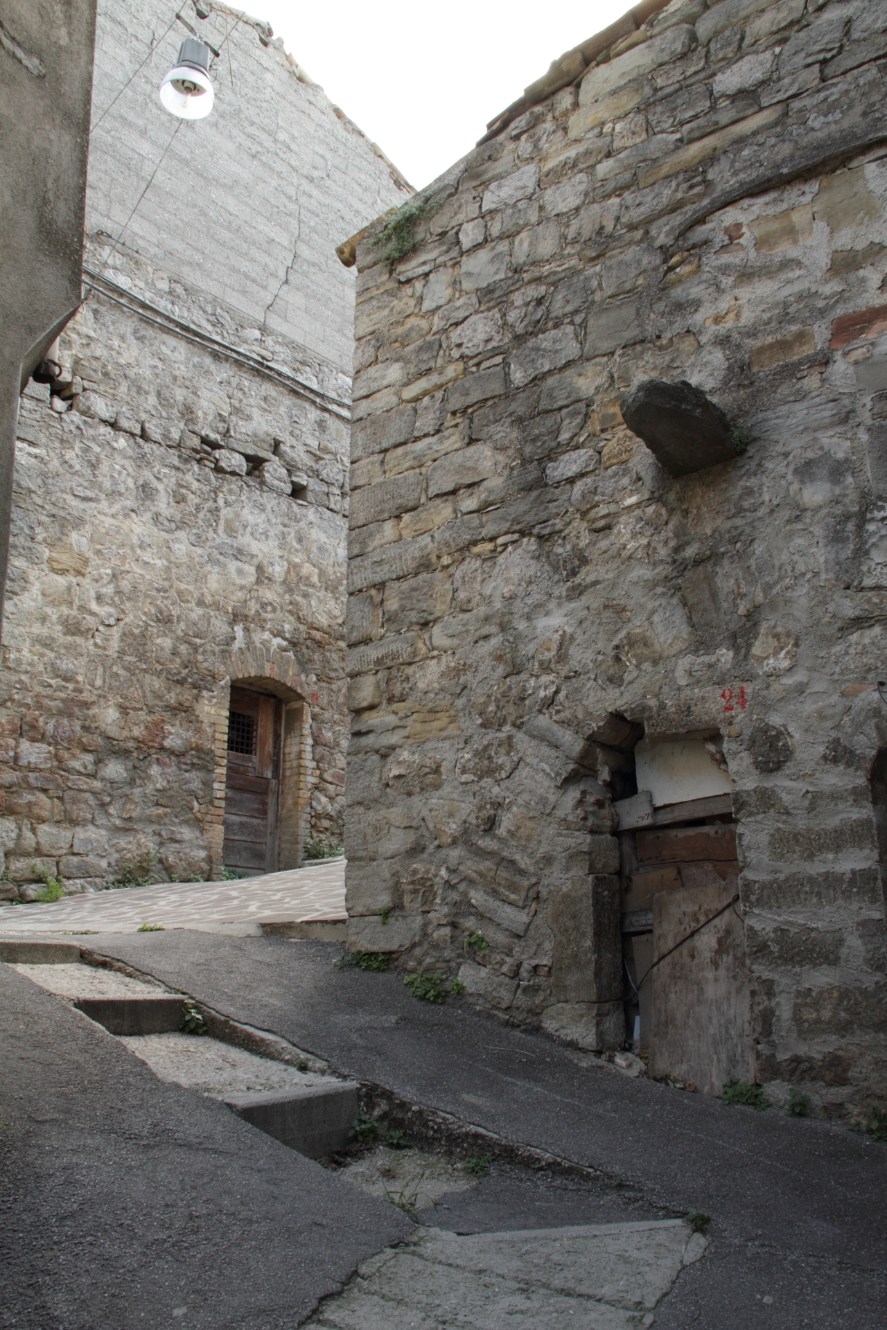 Montazzoli castello